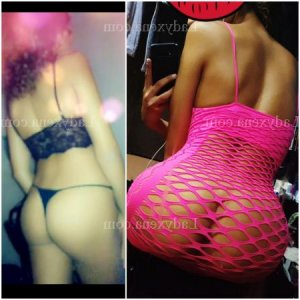 Amynata escort girl sexemodel massage érotique à Moissac